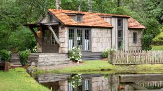 Small Home Builders In Ta We Just Found The Tiny House Of Your Dreams Southern Living