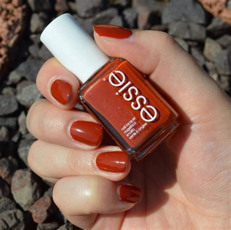 7 Beautiful Fall Nail Polishes by Fall Colors From Essie Nail Capture Japanese Autumn
