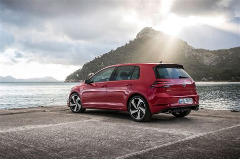volkswagen golf magazine 2018 volkswagen golf gti european spec automobile magazine