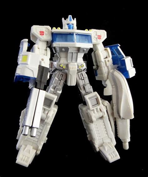 Ultra Tinder Jump White Line transformers henkei ultra magnus asia exclusive release