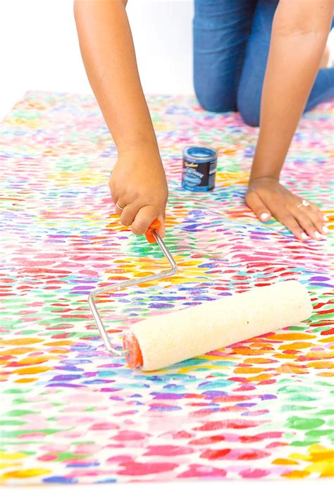 Diy Area Rug From Fabric Large Area Rugs Can Be Pricey Follow This Tutorial On How To Turn A Regular Of Fabric