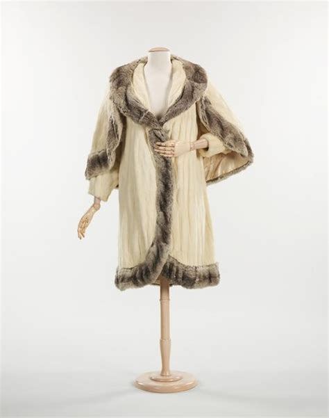 Get An Ermine Fur Cape Formerly Owned By Jean Harlow by 1000 Images About Historical Geekery On