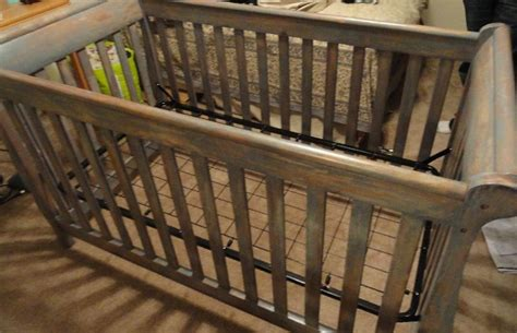 Refinish A Crib To Make It Look Old Rustic Love This Rustic Wood Baby Cribs