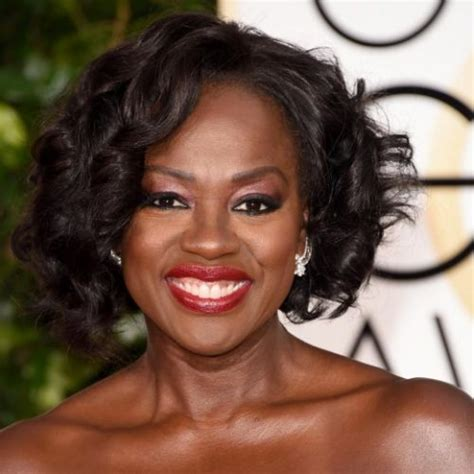 hairstyles for women over 60 for weddings 10 viola davis hair pixie bob to natural curls