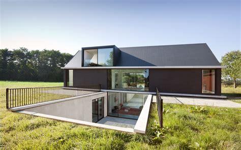 modern house design sunken volume creative architectural