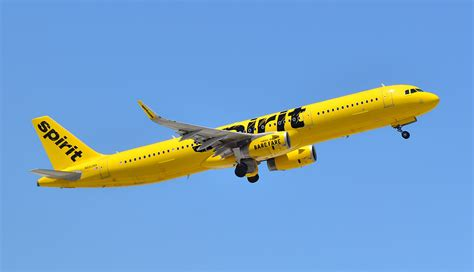 save money by booking spirit airlines tickets at the airport