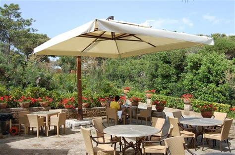 ombrelloni da terrazzo prezzi prezzi ombrelloni ombrelloni da giardino quanto