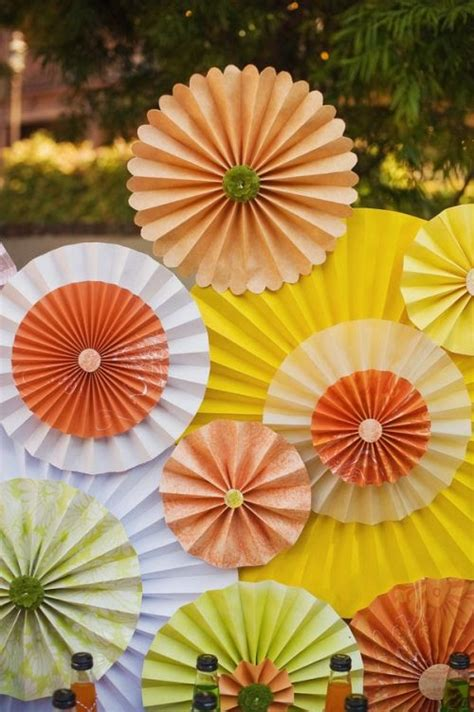 How To Make A Paper Rosette - diy construction paper fan for birthday n