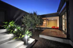 u home exterior modern courtyard 2 interior design ideas