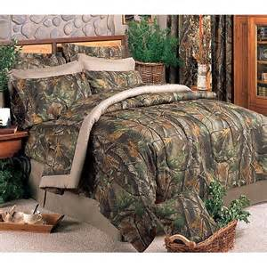 Realtree Camo Bedding Sets Realtree Hardwoods Camo Comforter Set 126 95