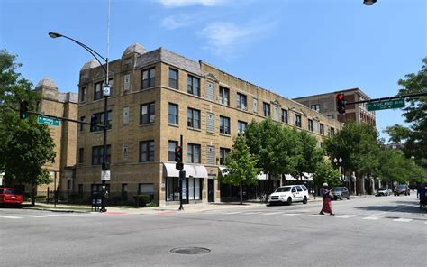 rogers park 1 bedroom apartments four rogers park apartment buildings sell for 20 million