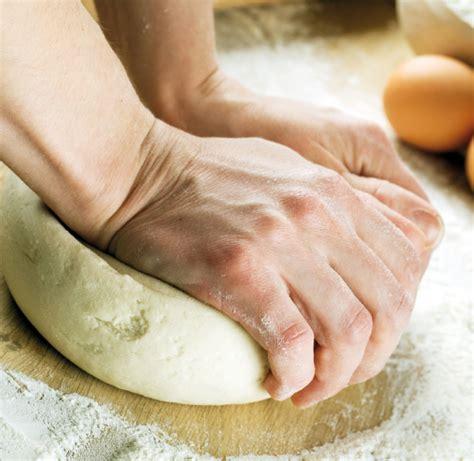 corsi di cucina e panificazione corsi di cucina panificazione preparazione della pizza