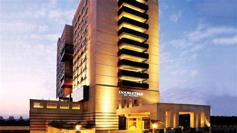 double tree  hilton hotel gurgaon delhi banquet hall