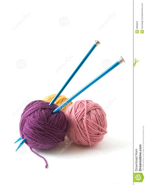 how to add yarn when knitting knitting needles and yarn stock image image of balls