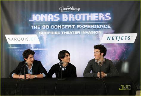 Jonas Jj sized photo of jj flies jonas brothers 57 photo