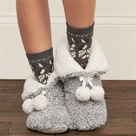 abercrombie slippers abercrombie fitch new abercrombie fitch sherpa pom