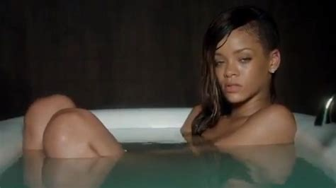 sex in bathtube rihanna sex tapes hoax fools thousands on facebook