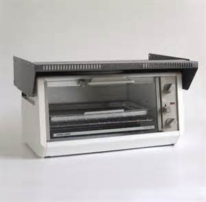 Black Decker Toaster Black Amp Decker Toaster Oven Spacemaker Tr200 Ty1 Under Cabinet
