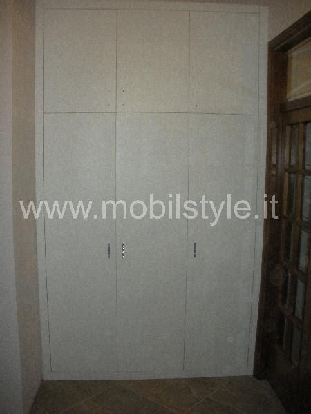 maniglie per armadi a muro mobil style armadio pioppo armadi muro prodotti