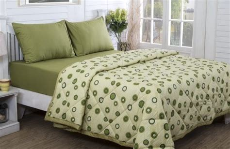 difference between comforter and duvet what s the difference between a quilt and blanket duvet