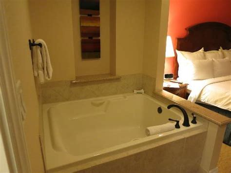 rooms in vegas with tubs tub in room picture of marriott s grand chateau las vegas tripadvisor