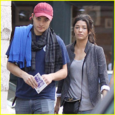 jessica szohr news photos and videos just jared ed westwick jessica szohr bubby s brunch ed westwick