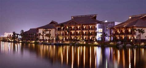 theme hotel dubai inside the polynesian themed lapita hotel at dubai parks