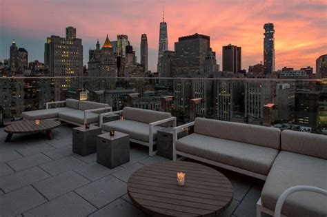 roof top bar manhattan the crown rooftop bar atop the new hotel 50 bowery pop