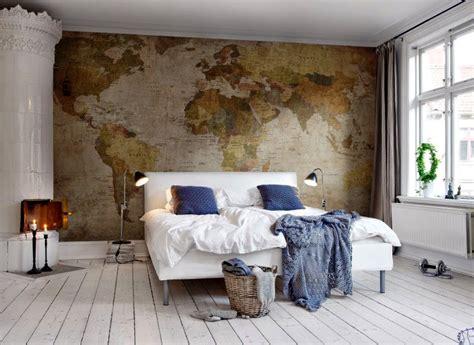 decorar habitacion de matrimonio con papel pintado da la vuelta al mundo sin salir de casa decora con mapas