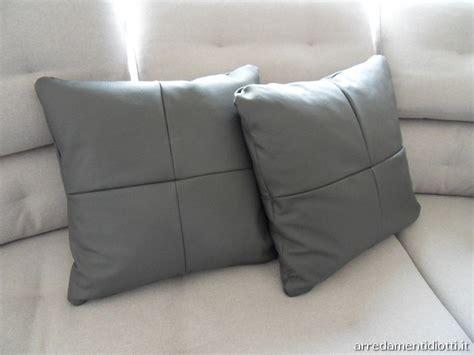 cuscini divano on line cuscini divano on line idee per il design della casa
