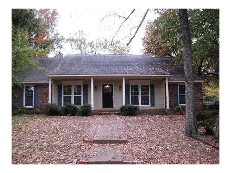 Planters Bank Foreclosed Properties by 8215 Planters Grove Dr Cordova Tennessee 38018 Reo Home