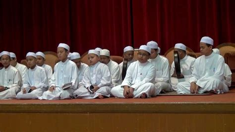Al Quran Hadis Ma X ya badrati dar al quran wa al hadith di wacana lgbt