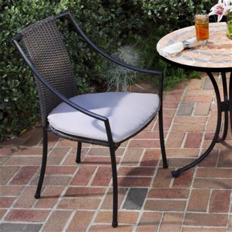 spruce up your outdoor patio area for