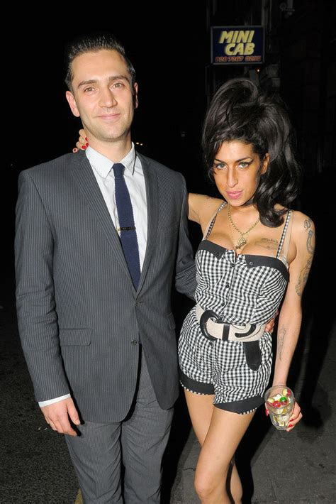 Winehouse Engaged by Winehouse Photos Carl Barat At The Halwey Arms In