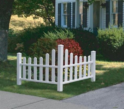 Wooden Yard Decorations Designcorner 38 Best Images About White Fence Ideas On
