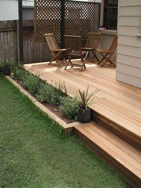 small backyard deck 25 best ideas about small backyard decks on small deck space back deck ideas and