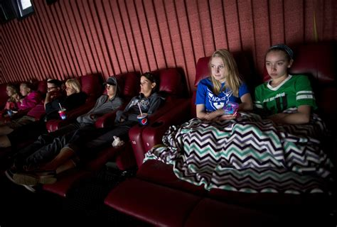 Theatres With Reclining Seats Near Me by To Combat Netflix And 60 Quot Screens Now At Cinema