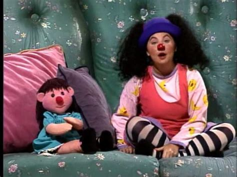 big comfy couch give yer head a shake compare price molly and the big comfy couch on
