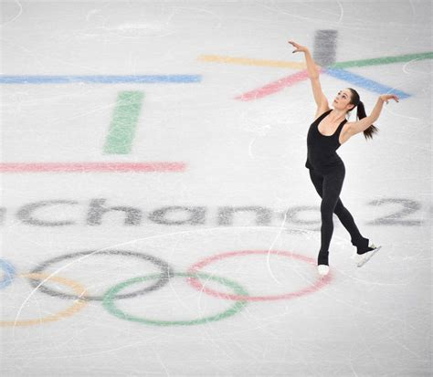 Do You Win Money At The Olympics - how to win figure skating at the 2018 winter olympics hellogiggles
