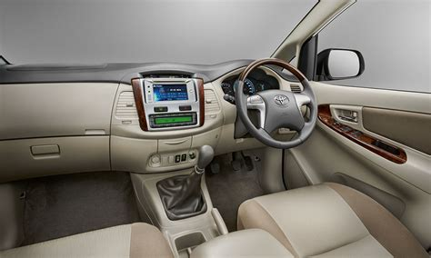 Toyota New Innova Interior by Toyota To Launch New Innova Facelift In September 2013