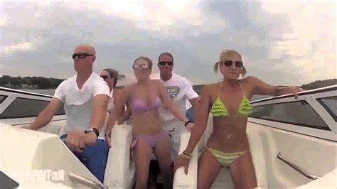 boat crash turn down for what boat crash turn down for what си ебаа мајката youtube