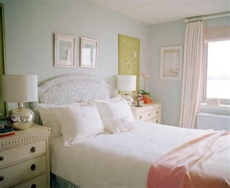soft grey wall color for bedroom ideas with white curtain and classic dresser antiquesl