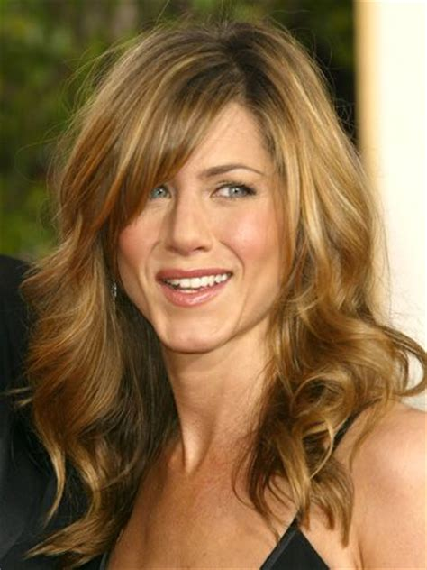jennifer aniston side bangs favorite jennifer aniston haircut long layers bangs