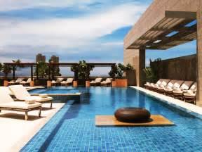 Hotel Comfort Com Four Seasons Hotel Mumbai India Booking Com