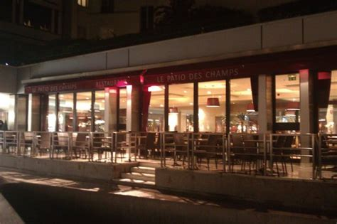 le patio chs elysees the 10 best restaurants near chs elysees