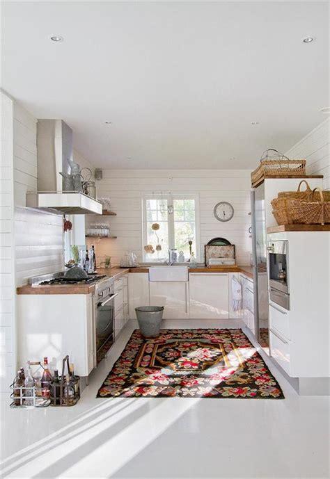 tapis de cuisine design tapis de cuisine design pour une d 233 co au top chez vous