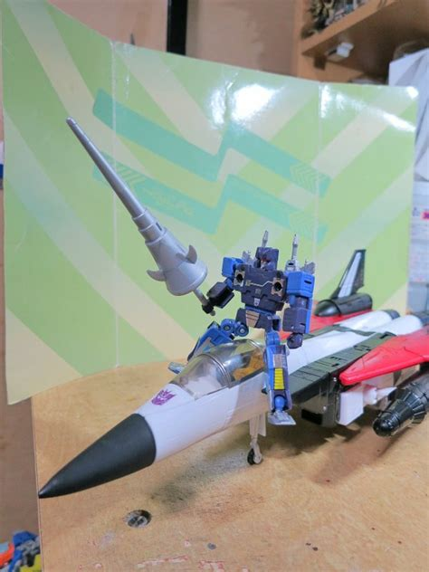 a decepticon raider in king arthurs court episode transformers masterpiece ramjet and rumble recreating