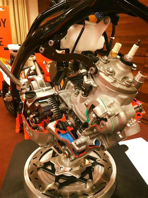 What Year Did Ktm Start Fuel Injection Ktm Unveils World S 2 Stroke Fuel Injection Enduro