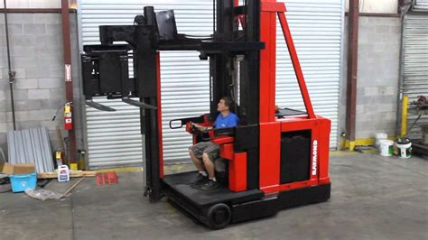 swing reach raymond narrow isle swing reach truck youtube