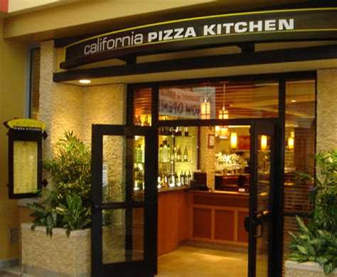 California Pizza Kitchen Foxwoods by Shawmut